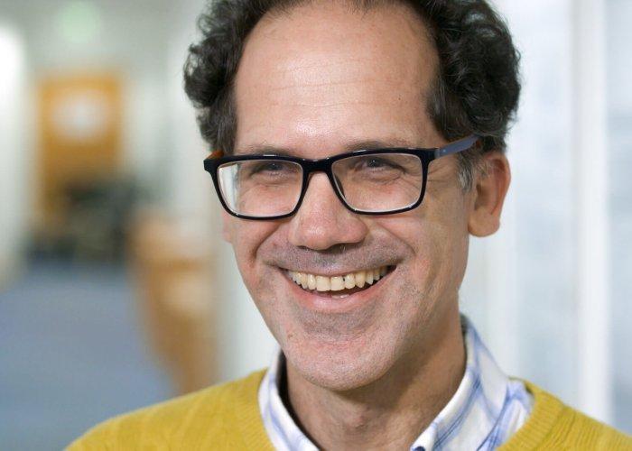 Prof. Carlos del Canizo Nadal