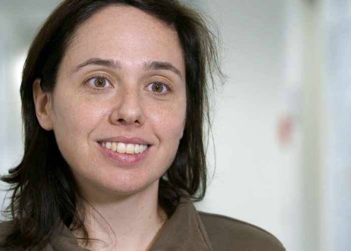 Dr. Elisa Antolin