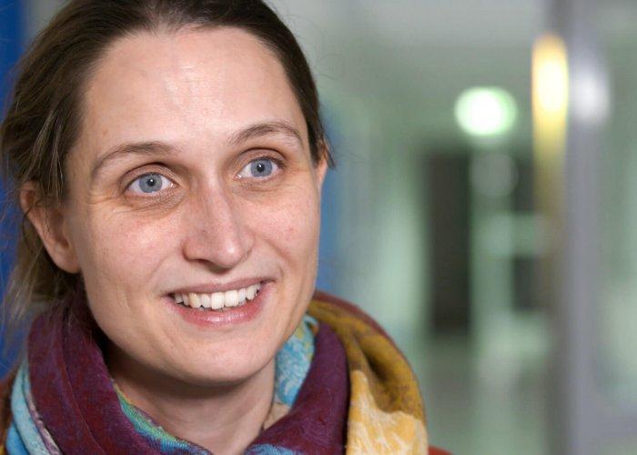 Dr. Eva Unger